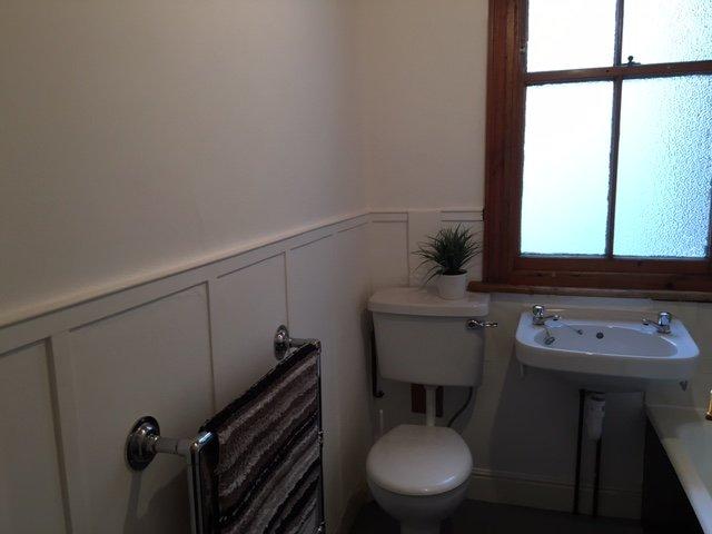 71008_451403_Bathroom